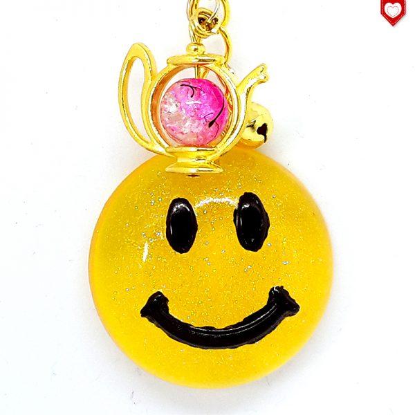Anhaenger Smiley Gold Resin 01
