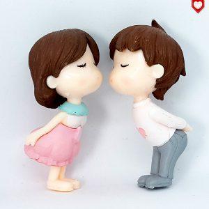 Kinder Paar Kuss Romantische Figuren