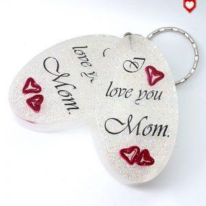 "Anhänger ""I love you Mom"" mit Quilling-Herzen"