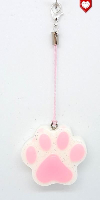 Handyanhänger Pfote Pawn Katze fluoreszierend 02