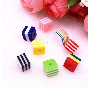 Perlen Würfel Quadrat gestreift Farben