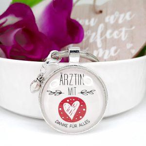 Schlüsselanhänger Ärztin mit Herz Geschenk 8